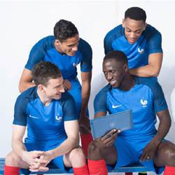 Un smartphone et une tablette Archos pour supporter l'Équipe de France