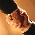 Free cherche à faire échouer l'accord SFR-Bouygues d'après Fleur Pellerin