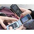 L'usage courant des SMS a modifié la dynamique des rencontres chez les adolescents
