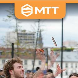 le 1er Championnat de lancer de téléphones en France