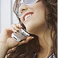 Les jeunes filles utilisent plus leur mobile que les garçons