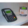 Les opérateurs et les banques expérimentent le paiement mobile sans contact
