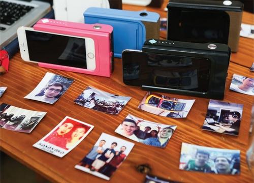 Prynt : le Polaroid fait son retour en coque pour smartphone