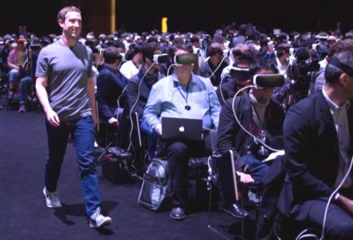 Réalité virtuelle : la photo de Mark Zuckerberg crée la polémique
