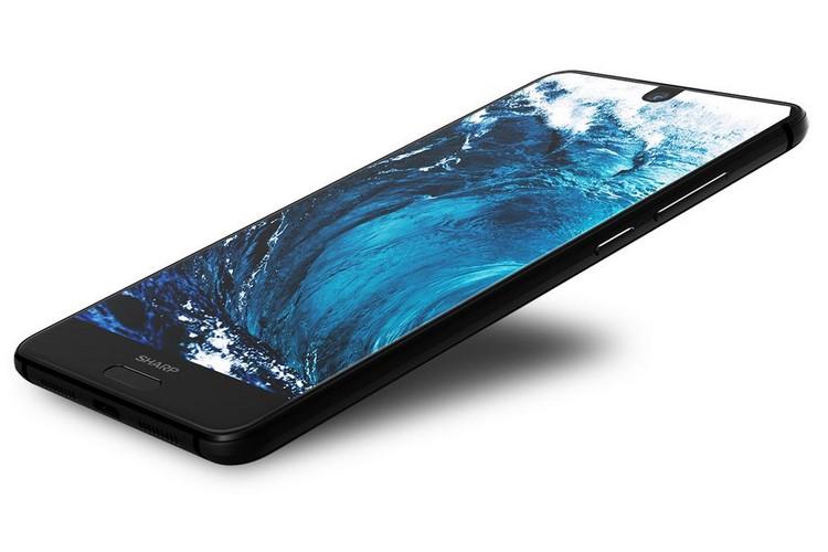 Sharp dévoile l'Aquos S2 : comme un air d'Essential Phone