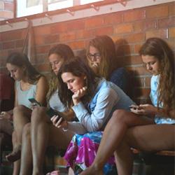 Une étude internationale démontre que les Français sont les moins dépendants de leurs smartphones